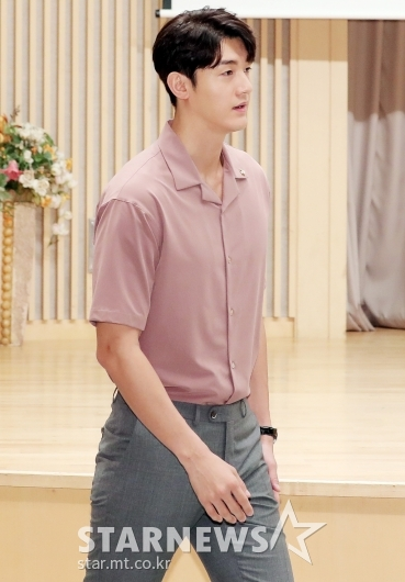 [★포토]이기우 '이청아와 결별 후 첫 공식석상'