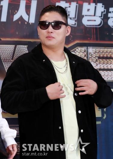 [★포토]스윙스 '살이 좀 쪘나'