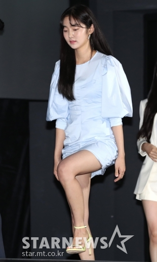 [★포토]김혜준, 떨리는 발걸음