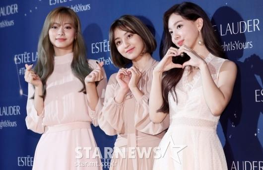 [★포토]쯔위-지효-나연 '사랑스러움 최대치'
