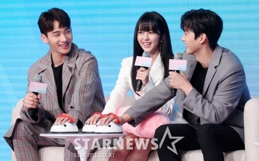 [★포토]정가람-김소현-송강 '거짓말탐지기 앞에서 활짝'
