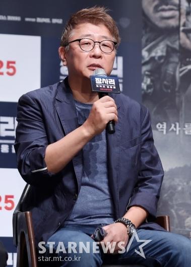 [★포토]인사말하는 곽경택 감독