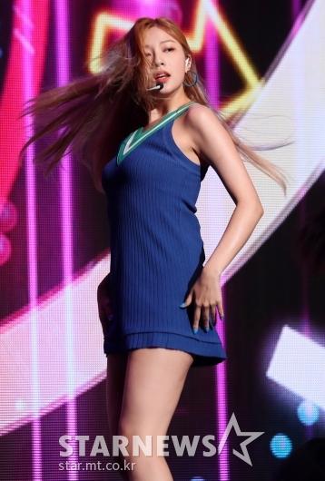 [★포토]오하영 '머리카락까지 안무'
