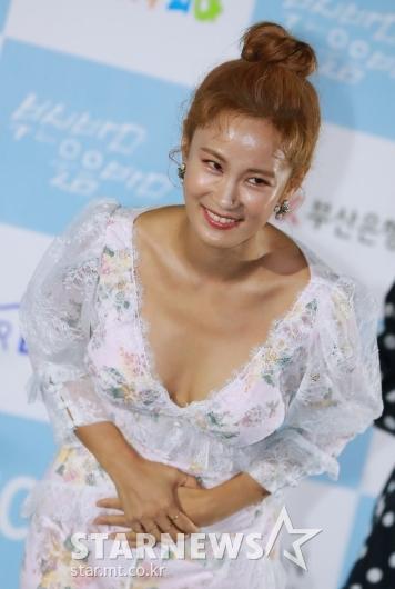 [★포토]김지민 '부코페 공식 미녀 왔어요'