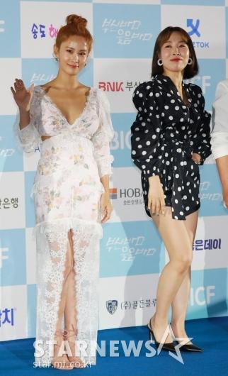 [★포토]김지민-오나미 '블랙&화이트로 패션 대결'