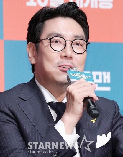 [★포토]조진웅 '쉬지 않는 배우'