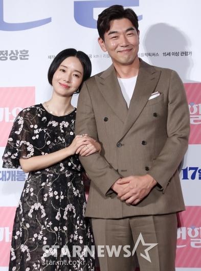 [★포토]이정현-이종혁 '묘하게 잘 어울리는 케미'