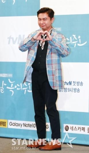 [★포토]임원희 '가을 남자의 패션센스'