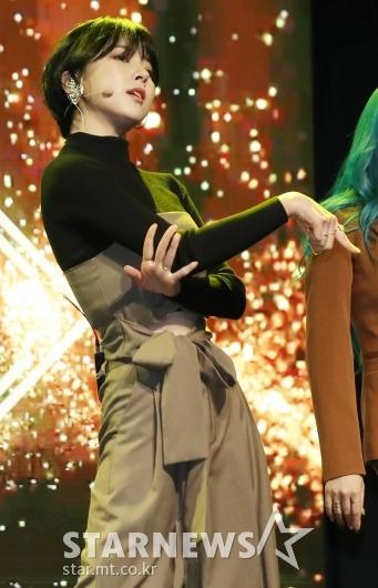 [★포토]주니 '손끝까지 살아있어'