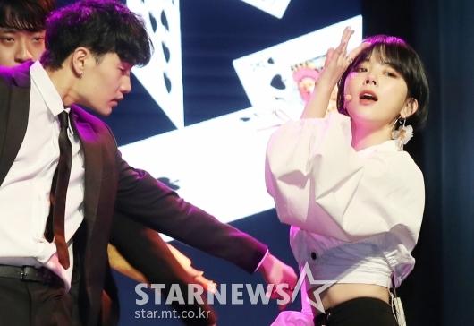 [★포토]주니 '치명적 눈빛 발사'