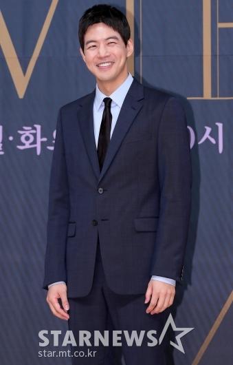 [★포토]이상윤 '눈에 띄는 보조개 미소'