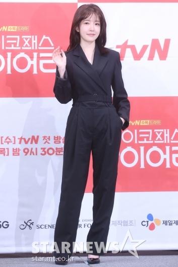 [★포토]정인선, 우아한 올블랙 패션