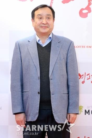 [★포토]'영평상' 찾은 전양준 부산국제영화제 집행위원장