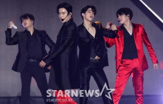[★포토]진영-마크 '멋짐 폭발'
