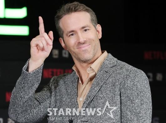 [★포토]라이언 레이놀즈 '빠져드는 미소'