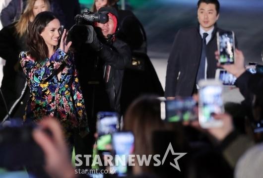 [★포토]아드리아 아르호나 '한국팬들 반가워요'