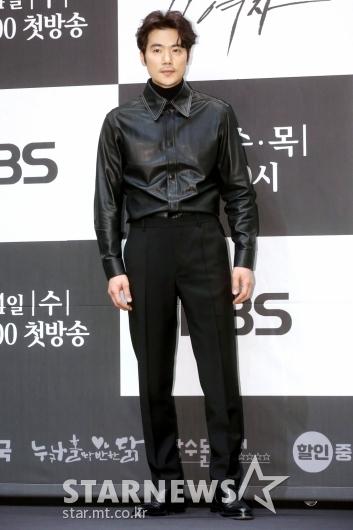 [★포토]김강우 '매력적인 포즈'