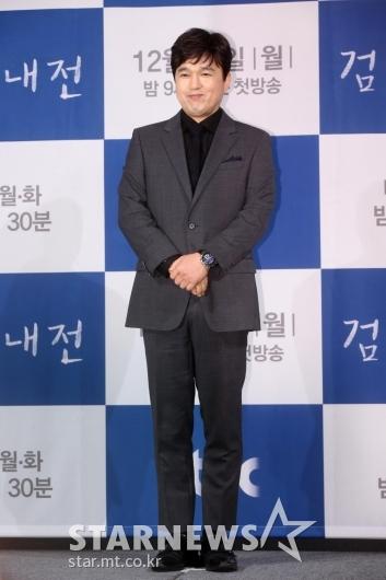 [★포토]김광규 '공손하게'