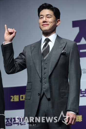 [★포토]김무열 '정직하게 약속합니다'