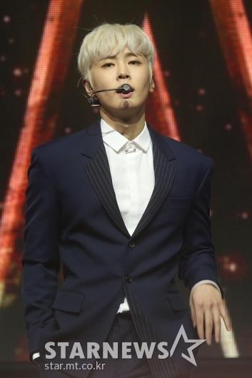 [★포토]재윤 '뛰어난 가창력'