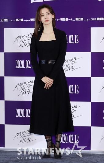 [★포토]신현빈 '블랙으로 시크미 발산'