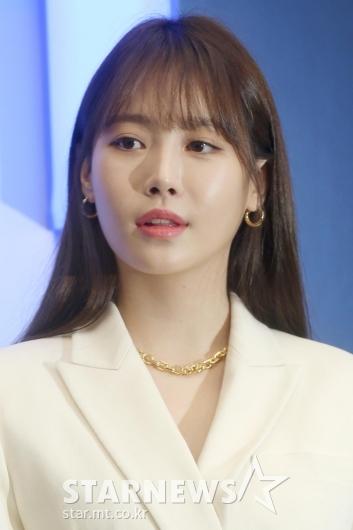 [★포토]앵두 입술 장착한 유라