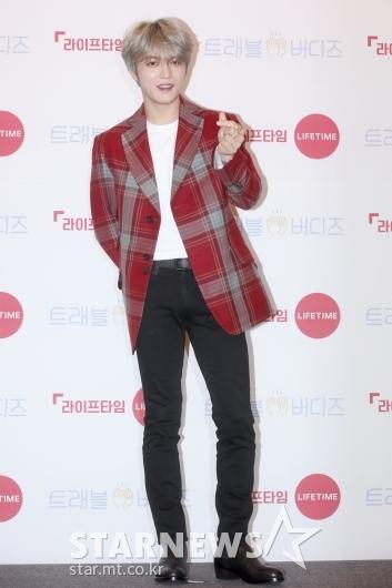 [★포토]김재중 '저와 동행할까요?'