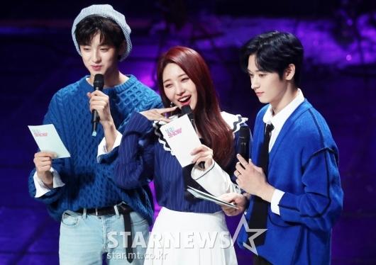[★포토]김민규-시현-주연 '새롭게 바뀐 더쇼 MC'