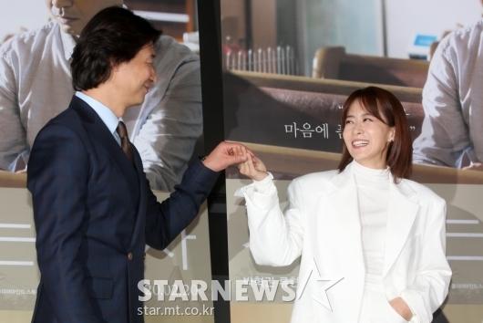 [★포토]박혁권-류현경 '우리는 잉꼬부부'