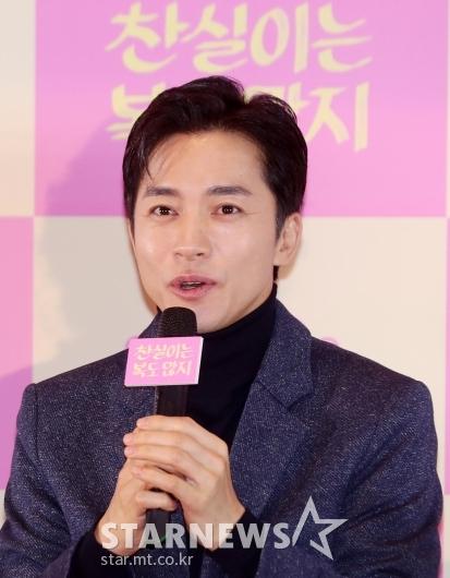 [★포토]김영민 '요즘 열일 행보'