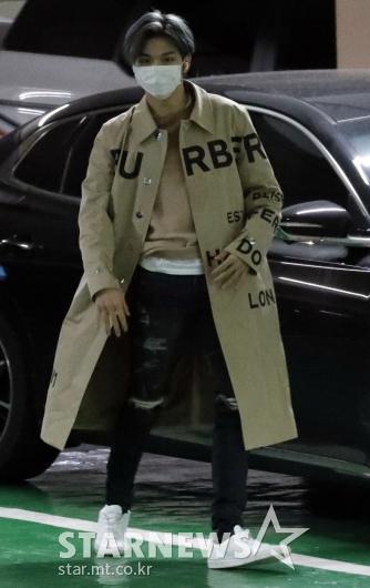 [★포토]강다니엘 '지하주차장에서도 빛나네!'