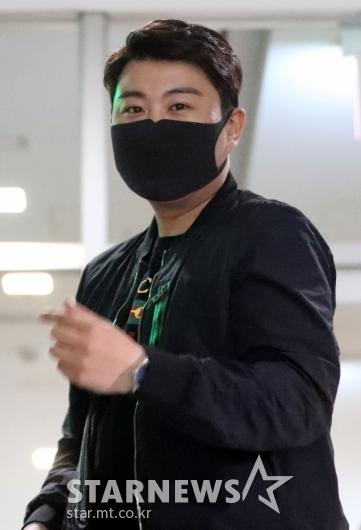 [★포토]김호중 '감미로운 목소리로 만나요'