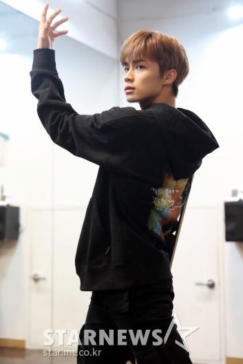 [★포토]동키즈 경윤 '카리스마 넘치는 조각미남'