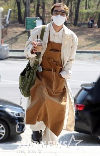 [★포토]송민호 '개성넘치는 패션센스'