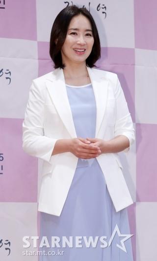 [★포토]윤유선 '우아한 미소'
