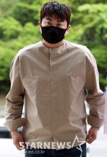[★포토]김호중 '부리부리한 눈빛'