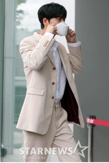 [★포토]박해진 '마스크는 필수죠'