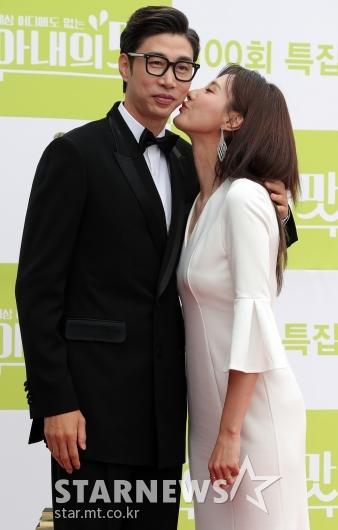 [★포토]김세진-진혜지 부부 '달콤하게'