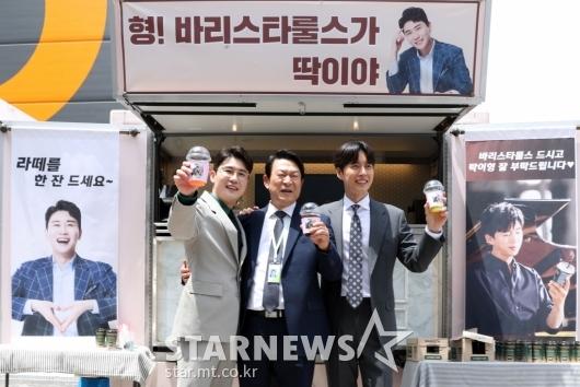 [★포토]영탁-김응수-박해진 '라떼는 말이야~!'