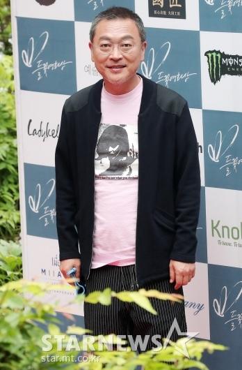 [★포토]'들꽃영화상' 참석한 김의성