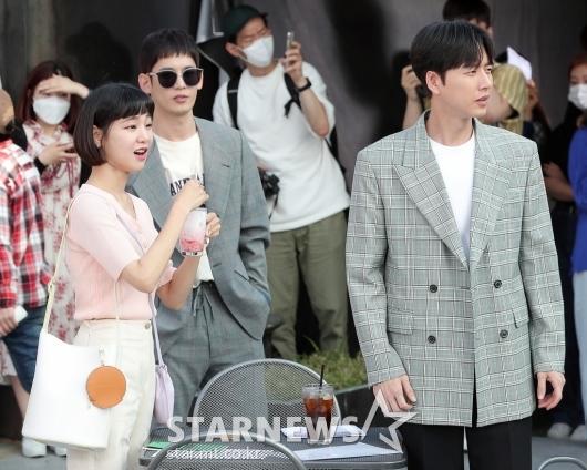 [★포토]한지은-박기웅-박해진 '촬영 시작해요?'
