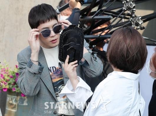 [★포토]박기웅 '선글라스가 잘 어울리나'