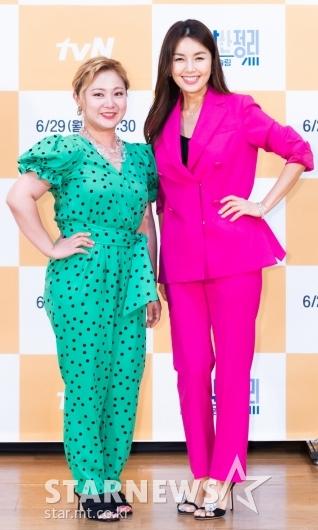 박나래-신애라 '정리의 고수'[★포토]