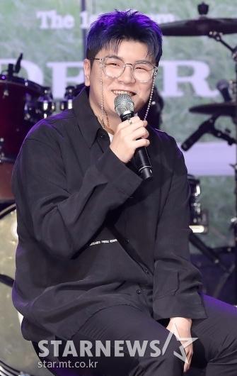 첫 정규앨범으로 돌아온 신용재[★포토]