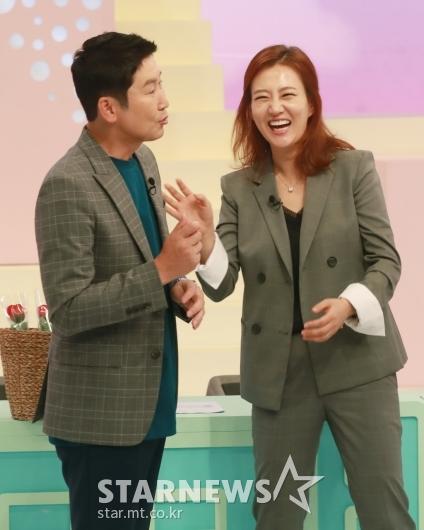 신동엽-장윤정 '즐거운 사랑의 재개발'[★포토]