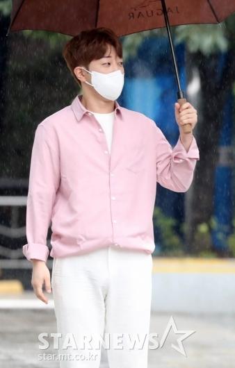 안성훈 '핑크셔츠도 찰떡소화' [★포토]