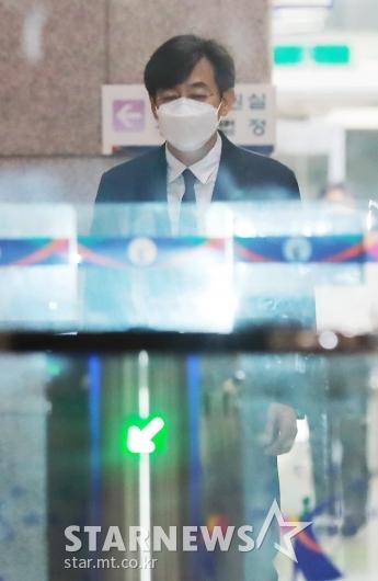 '지하철 몰카' 김성준 전 앵커, 징역 6월 집행유예 2년[★포토]