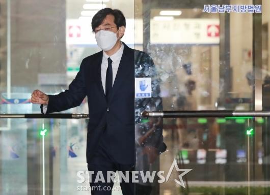 '징역 6월 집행유예 2년' 선고 받은 김성준 전 앵커[★포토]