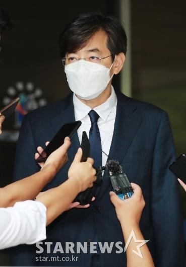 '지하철 몰카 혐의' 김성준 전 앵커, 징역 6개월 집행유예 2년[★포토]
