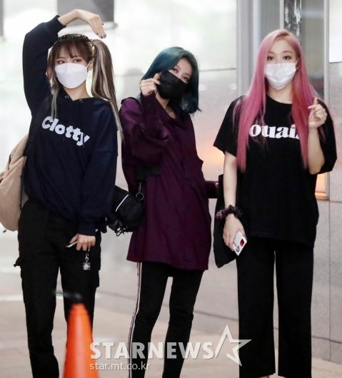 드림캐쳐 가현-다미-유현 '편안한 출근길 패션' [★포토]